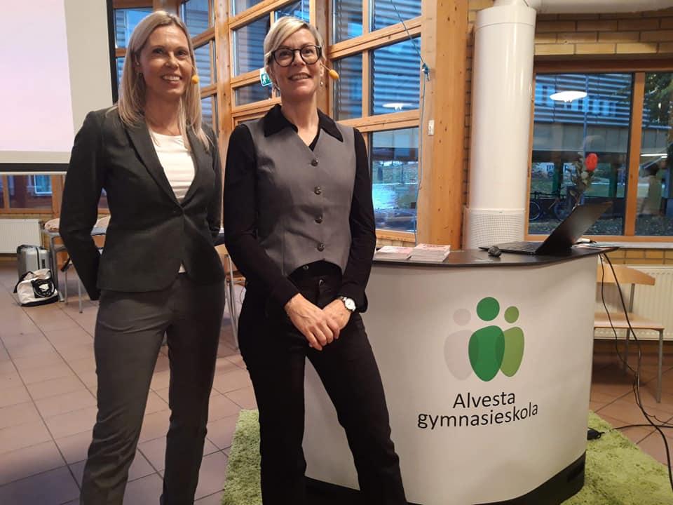 Bild på Lena och Annika